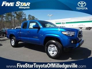 2017 toyota tacoma vs toyota tundra what are the differences. Black Bedroom Furniture Sets. Home Design Ideas